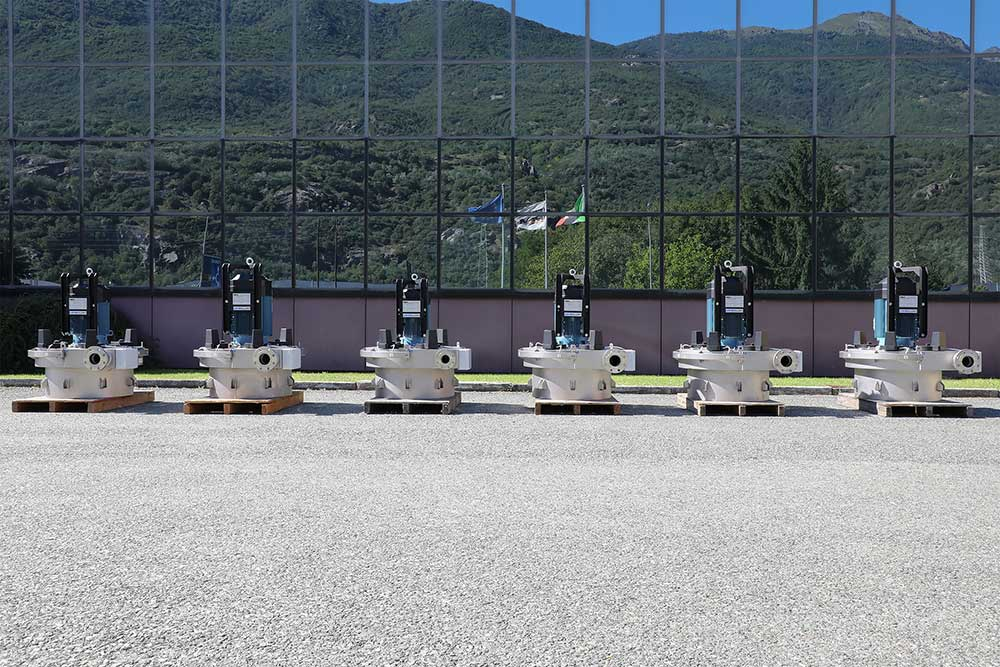 6 Pelton turbines for the aqueduct of the town of Buglio in Monte