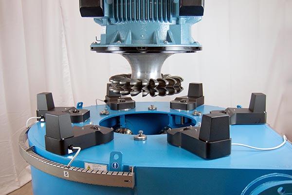 Turbinas IREM Pelton: flexibles y compactas